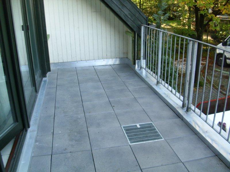 Betonfarbe Außen Terrasse : sanierung terrassenplatten ~ Michelbontemps.com Haus und Dekorationen